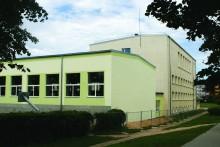 Valmieras Pārgaujas ģimnāzijas ēkas Zvaigžņu ielā 4, Valmierā renovācija